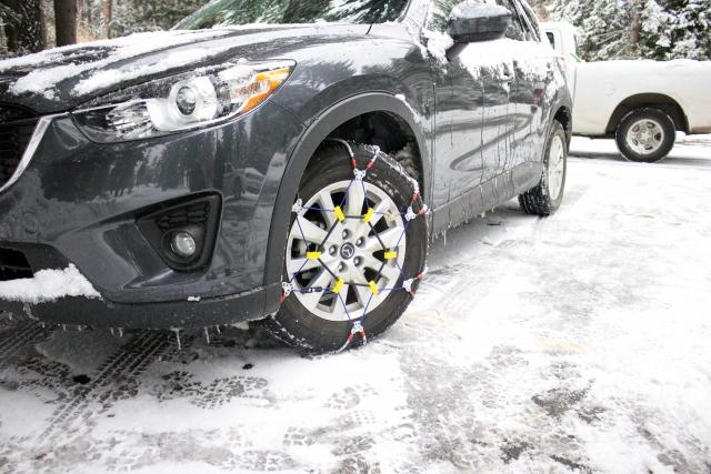 寒い冬に備えて車両の冬支度