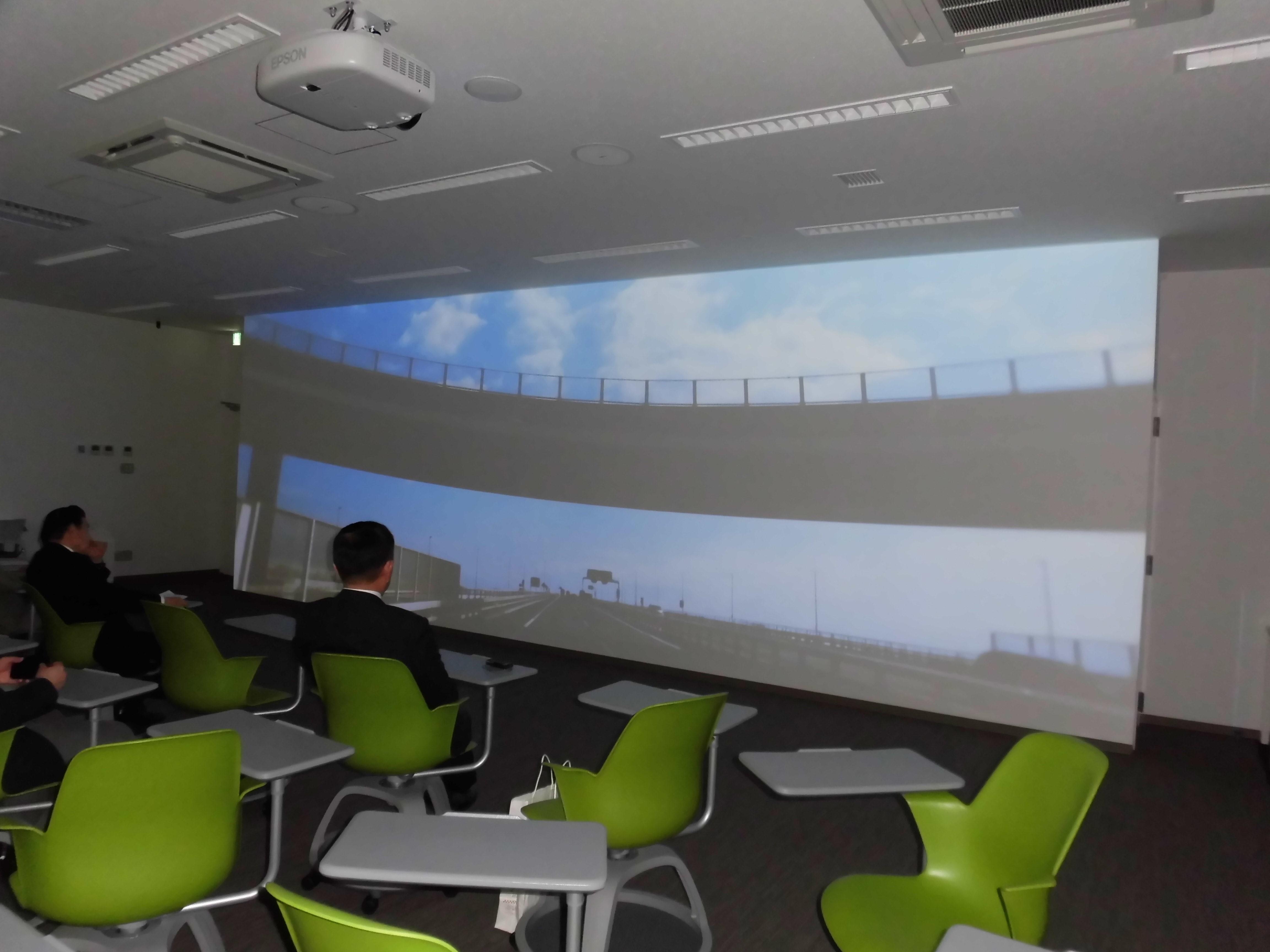 NEXCO東日本岩槻道路管制センターを見学
